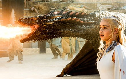 Drogon defends Daenerys in Daznak's Pit of Meereen